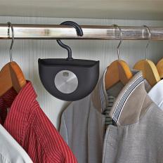 Kleiderschrank-Geruchskiller