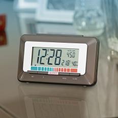 Funkuhr mit Luftgüte-Monitor