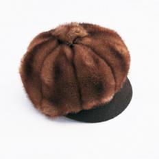 Mütze im Nerzimitat