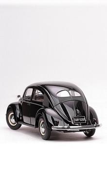 """VW Käfer mit """"Brezelfenster"""" 1949"""