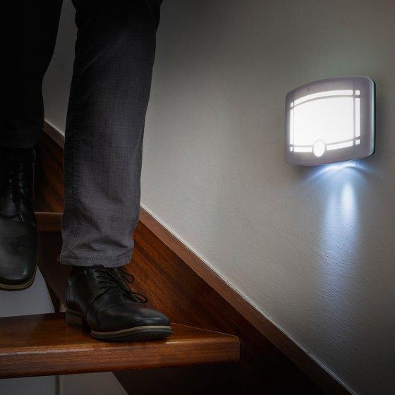 LED-Wandleuchte mit Bewegungsmelder