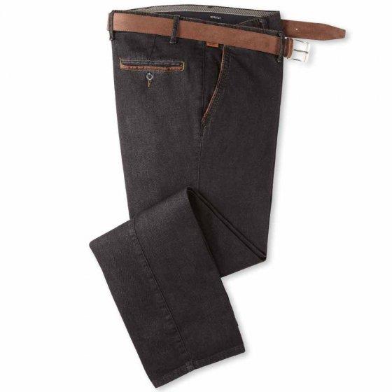 Jeans mit Kontrasten