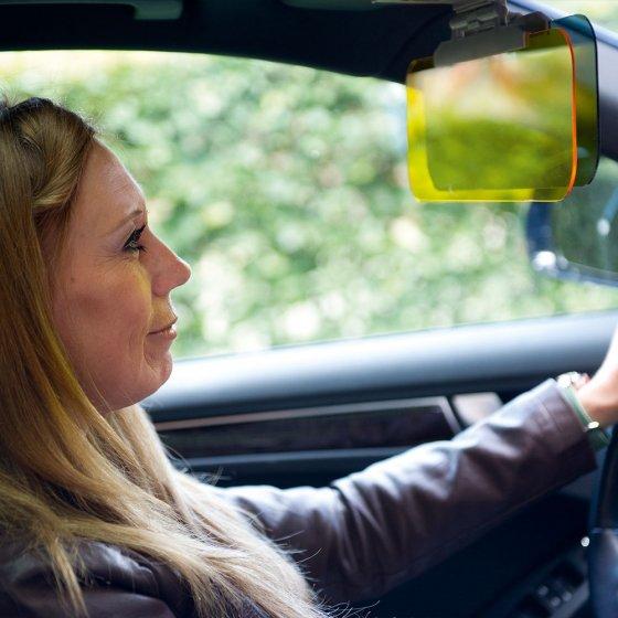 Tag- und Nacht-Autoblendschutz