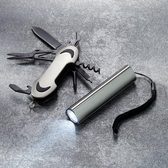 7-teiliges Set Taschenmesser und LED-Lampe