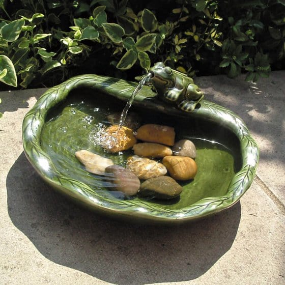Solar Brunnen Frosch
