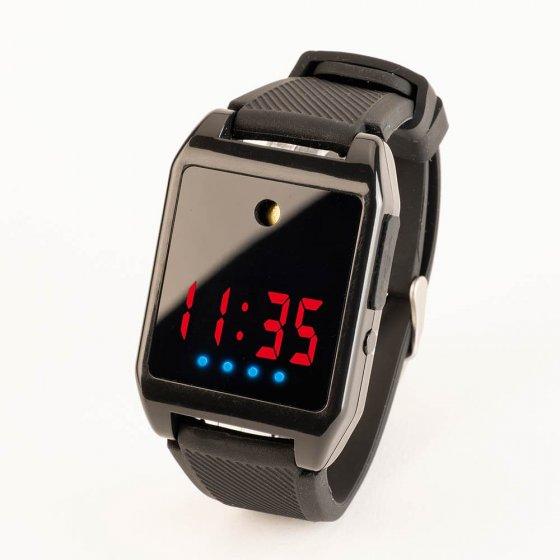 Armbanduhr mit Personenalarm