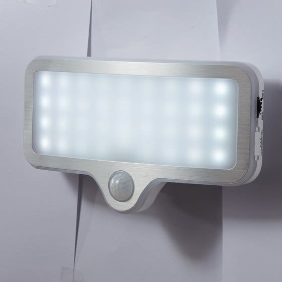 LED-Wandleuchte mit Dimmer