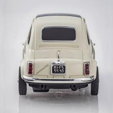 Funkgesteuerter Fiat 500L-2