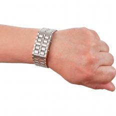 "Die ""verborgene"" Armbanduhr-2"