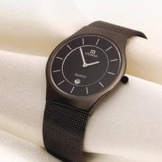Superflache schwarze Herrenuhr-2