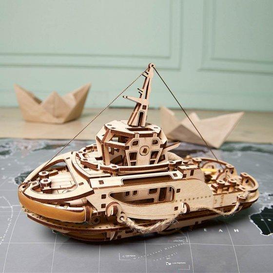 Holzmodell Schleppschiff