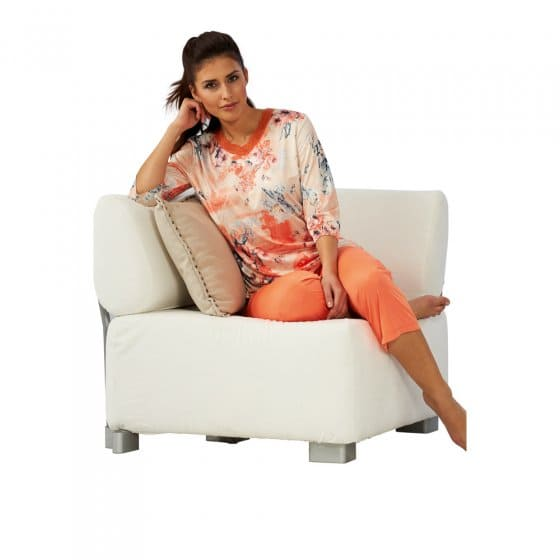 mikrofaser pyjama mit rosen dessin g nstig bei eurotops bestellen. Black Bedroom Furniture Sets. Home Design Ideas