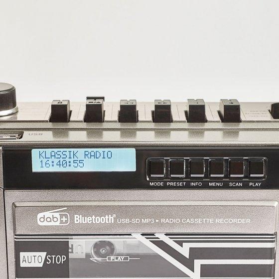 Retro-Kassettenrekorder mit DAB+