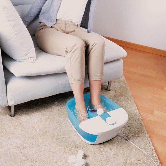 Fußsprudelbad mit Massagerollen